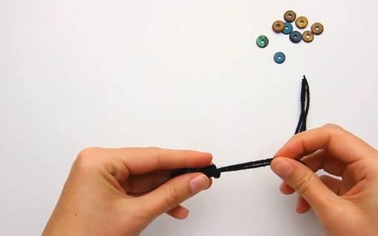 كرة البوم بوم كما مبين اعلاه.. الخطوة السادسة: قم بعمل