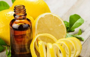 فوائد زيت الليمون