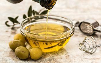 صناعة زيت الزيتون