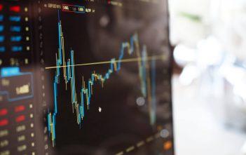 الإستثمار في الأسهم